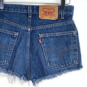 [Levi's] high rise 505 cut off shorts #E17